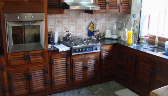 Diseno De Baños Con Jardin: casa 7 ambientes con jardin, pileta y quincho con parrilla en Olivos